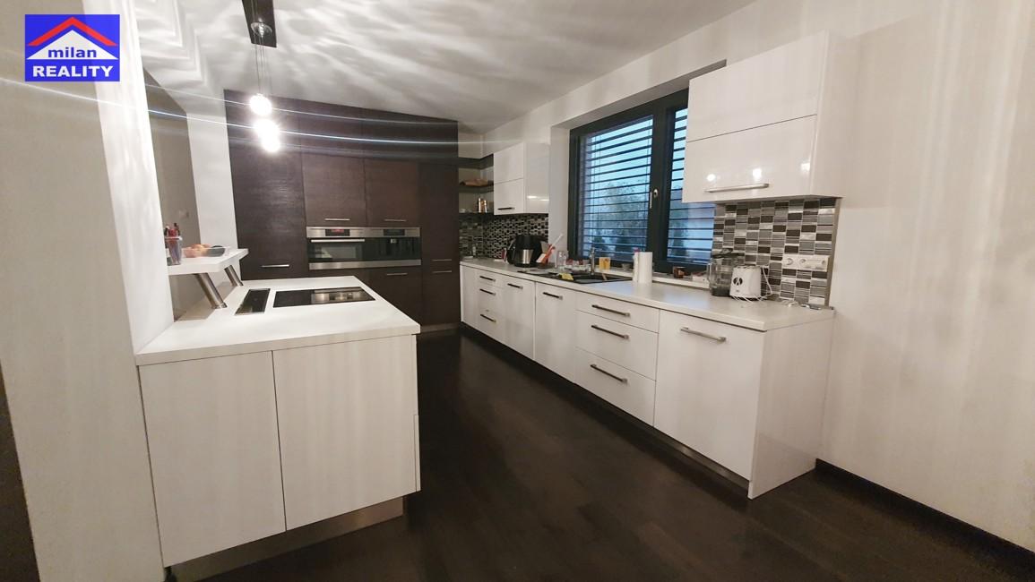 DOM na predaj Nitra- kuchyna  - milanreality.sk